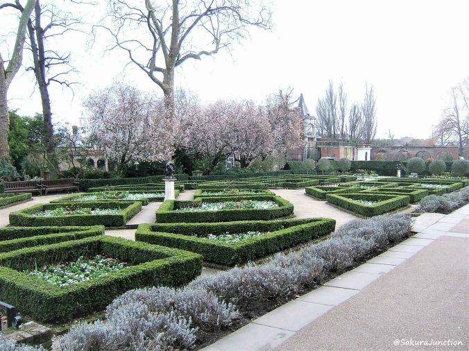 Holland Park 2-4
